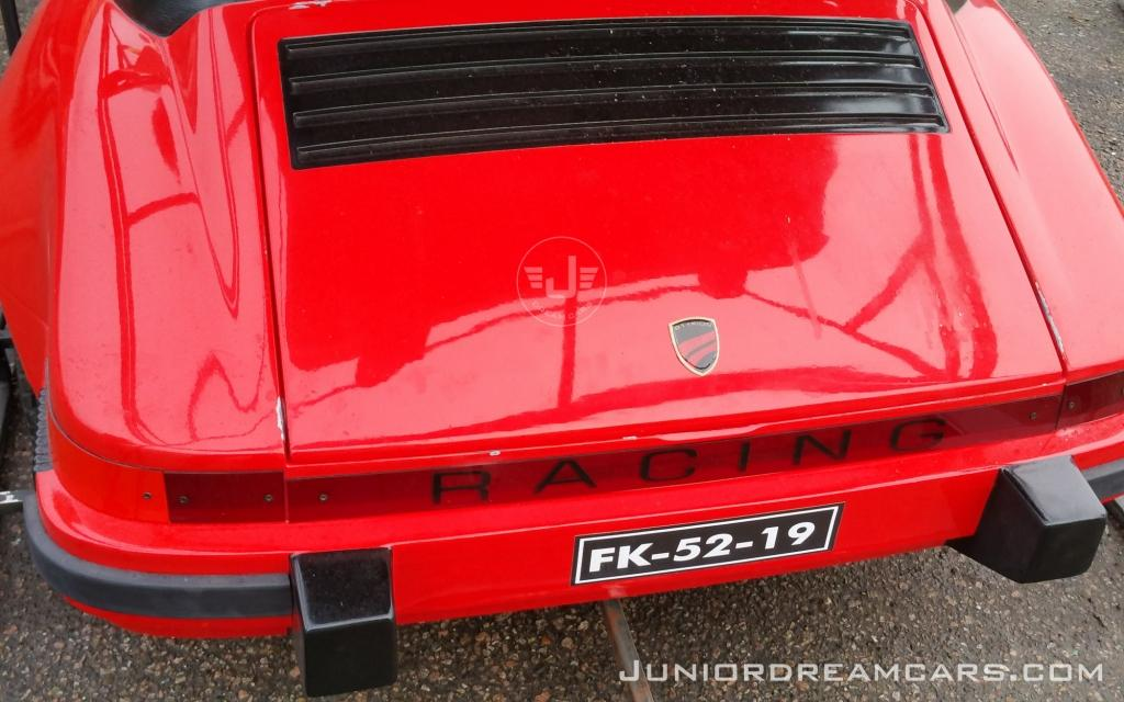 911 Racing Red
